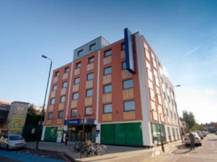 Travelodge London Balham Near